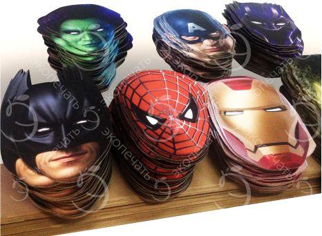 картонные маски на резинке с вырезанными глазами